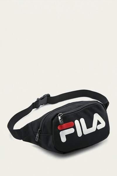 Le retour du sac banane : Sac banane Fila, 49 euros