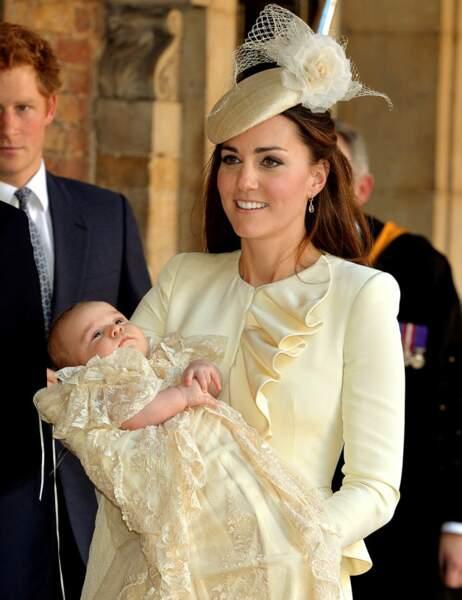 Et même sa tenue de baptême a été choisie par Emilia Jardine Paterson