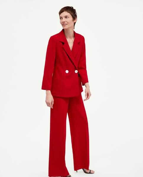 Pantalon fluide rouge, Zara, 49,95 euros