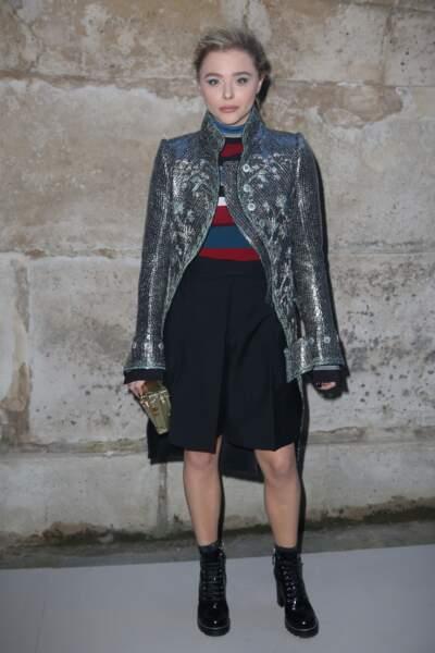 Chloë Grace Moretz au défilé Louis Vuitton lors de la fashion week de Paris, le 6 mars