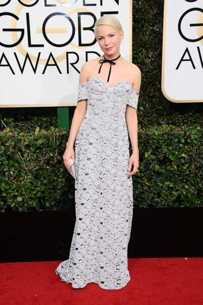 Golden Globes 2017 : Michelle Williams, adorable en Louis Vuitton