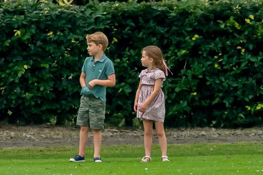 George et Charlotte lors du match de polo de son père à Wokingham, mercredi 10 juillet