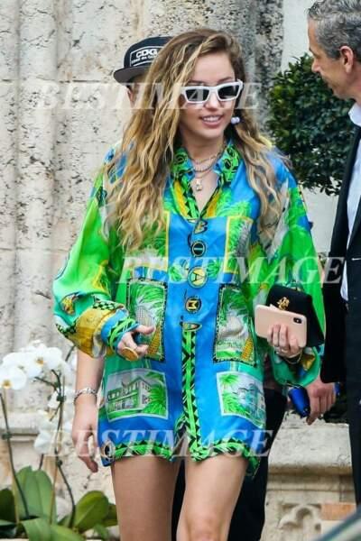Miley Cyrus à la sortie de la Villa Versace à Miami, le 9 janvier 2019