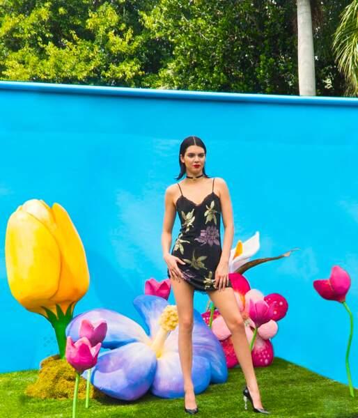 Kendall Jenner ultra sexy pour la marque de lingerie La Perla
