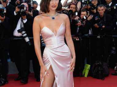 Cannes 2017 : Bella Hadid montre sa culotte dès la première montée des marches
