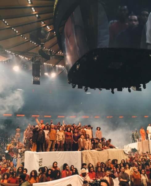 Le défilé de Yeezy Season 3, la troisième collection de Kanye West, a eu lieu hier à Madison Square Garden.