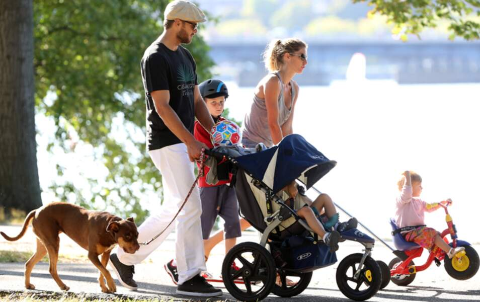Comme à son habitude, Gisele Bundchen et Tom Brady nous font le remake d'une famille formidable