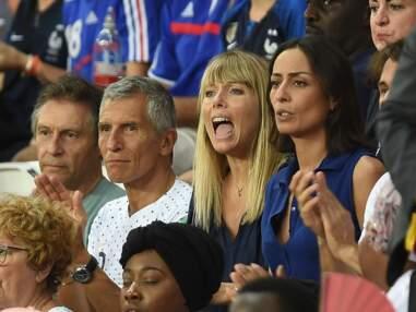 PHOTOS Mélanie Page et Nagui : le couple complice et sous tension au match de l'équipe de France