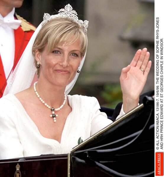 La tiare portée par Sophie Rhys-Jones lors de son mariage avec le prince Edward