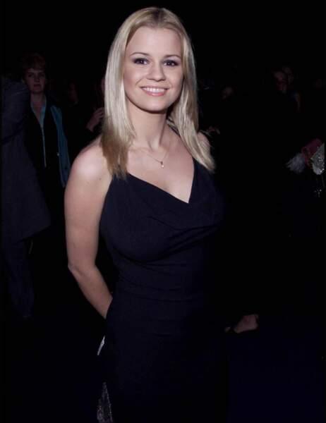 L'adorable Kerry Katona en février 2001
