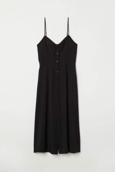 Robe boutonnée, H&M, 23,99 euros au lieu de 39,99 euros