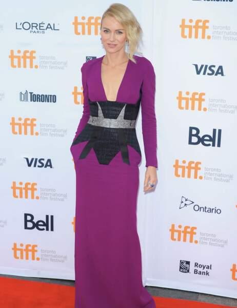 Naomi Watts, un jour une tenue !