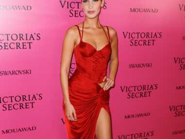 Victoria's Secret Fashion Show : Bella Hadid laisse échapper ses tétons sur le podium