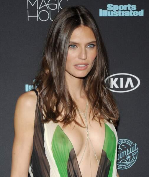 Accident de robe : Bianca Balti à la soirée Sports Illustrated spécial maillots de bain