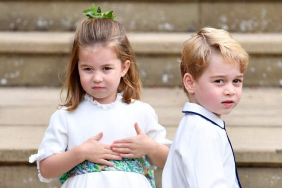 Le prince George et sa petite soeur Charlotte étaient missionnés comme enfants d'honneur.