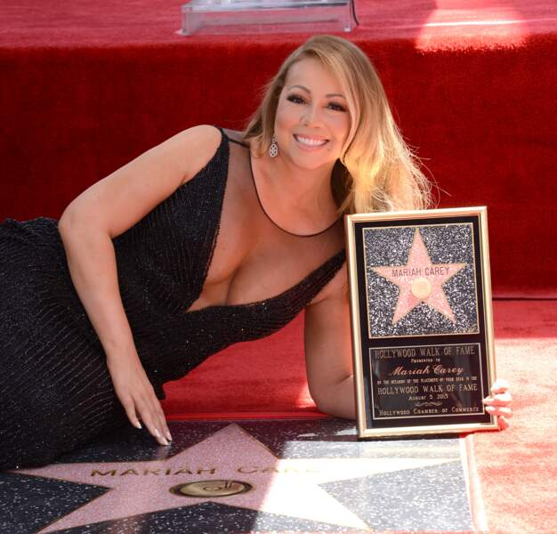 A 45 ans, Mariah Carey reçoit enfin son étoile sur le Walk of Fame !