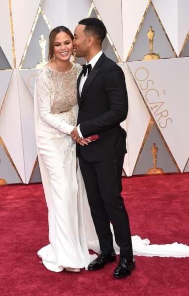 Les plus beaux couples des Oscars 2017 : Chrissy Teigen et John Legend
