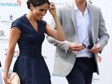 Meghan Markle et le prince Harry s'embrassent en public