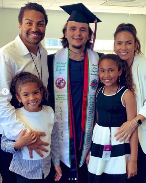 Prince Jackson diplômé de l'université de Loyola Marymount