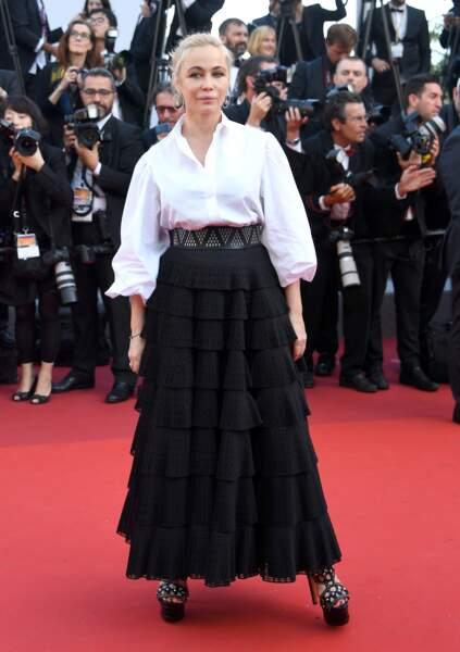 Cannes - Montée des Marches pour le 70ème anniversaire : Emmanuelle Beart