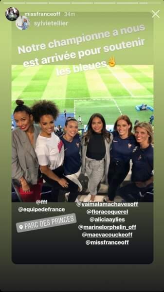 Vaimalama Chaves, Flora Coquerel, Alicia Aylies, Marine Lorphelin et Maeva Coucke dans les tribunes