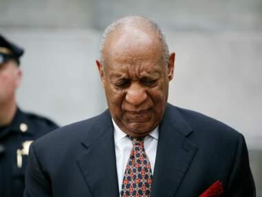 Bill Cosby bousculé à la sortie de son procès pour plusieurs agressions sexuelles, sa réaction odieuse