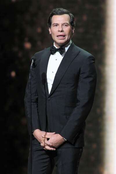 Venu remettre le César du Meilleur premier film, Laurent Lafitte, méconnaissable a fait une apparition hilarante