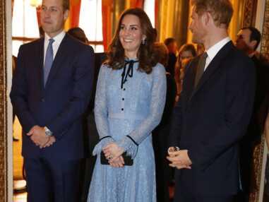 Kate Middleton affiche un joli début de baby bump lors d'une apparition publique