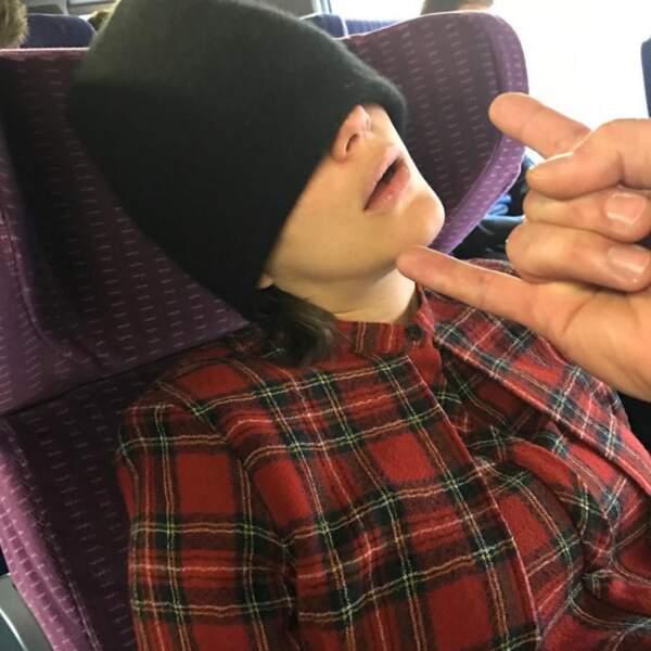 """10 janvier 2017 : """"Dans le train pour Lyon !! Rebelote !!!! #lachemisedemonsieurdrumond"""""""