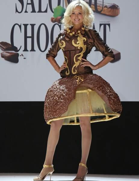 Adriana Karembeu en Ferrero rêve d'or