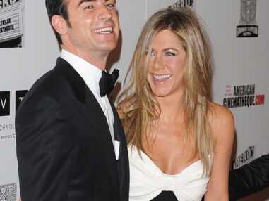 Jennifer Aniston et Justin Theroux très amoureux sur le red carpet