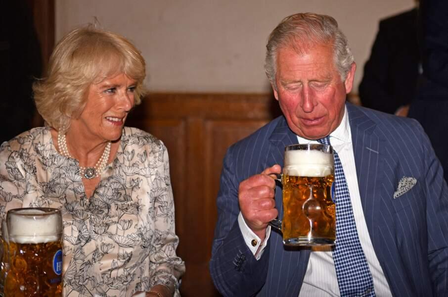 Bière, danse et bretzel : la folle escapade de Charles et Camilla à Munich
