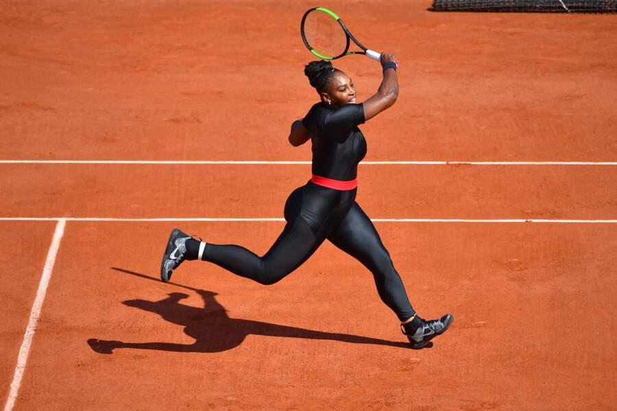 Serena Williams en combinaison noire, Roland-Garros 2018