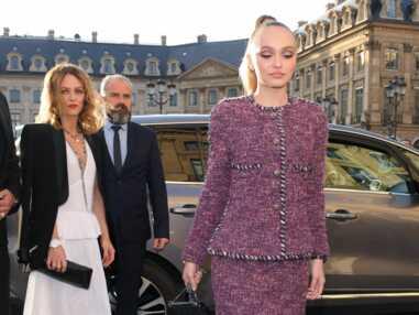 VOICI Soirée Chanel : Keira Knightley enceinte, Vanessa Paradis et Lily-Rose Depp complices