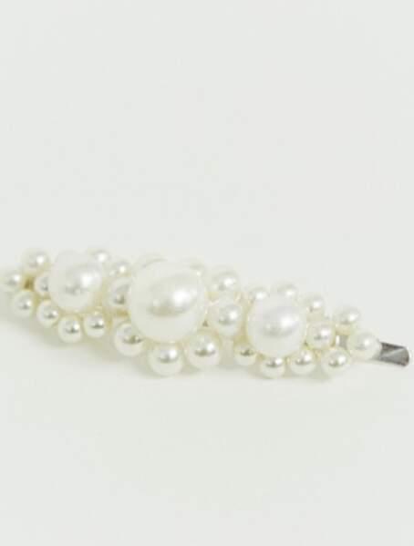 Barrette à cheveux avec amas de fausses perles, DesignB London sur Asos, 8,49€