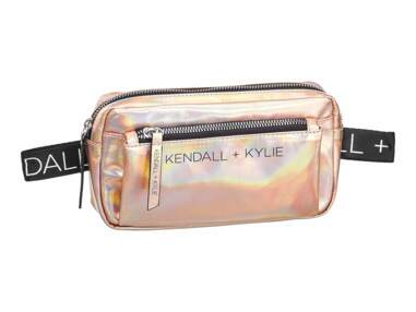 Kendall et Kylie Jenner crééent une collection de sacs en vente chez Deichmann à moins de 40 euros !