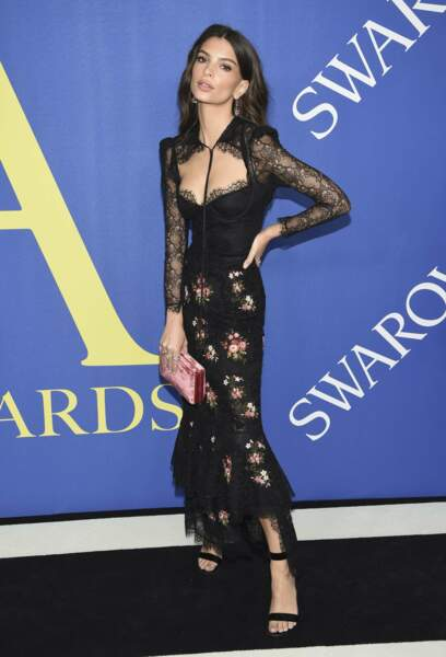 Emily Ratajkowski aux CFDA Fashion Awards 2018