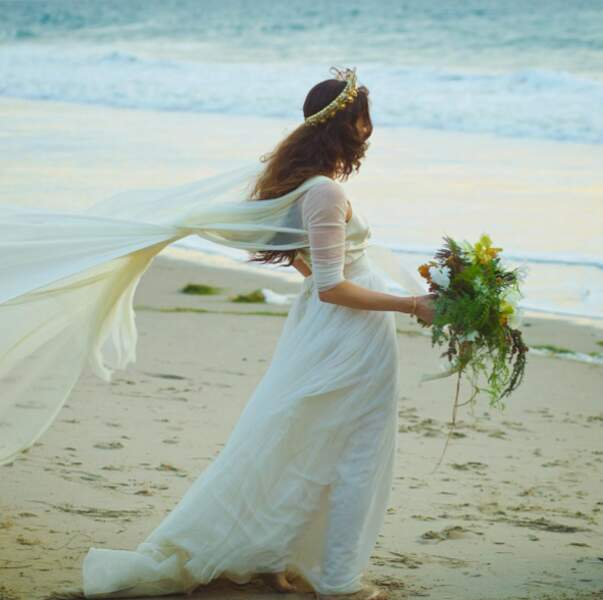 """Mariage de Troian Bellisario : une inspiration très """"La Petite Sirène"""""""