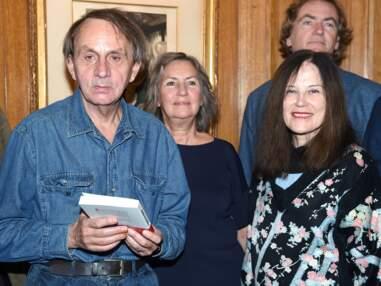 VOICI - L'écrivain Michel Houellebecq sera décoré de la Légion d'honneur par Emmanuelle Macron