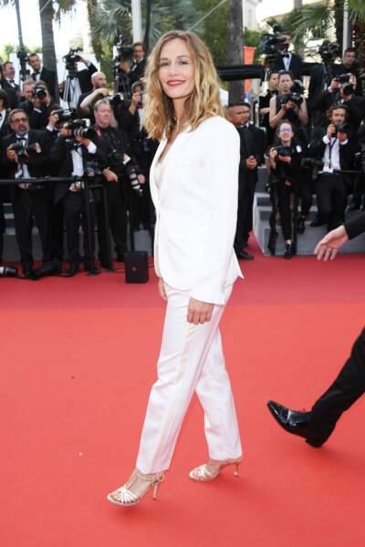 Cannes - Montée des Marches pour le 70ème anniversaire : Cécile De France