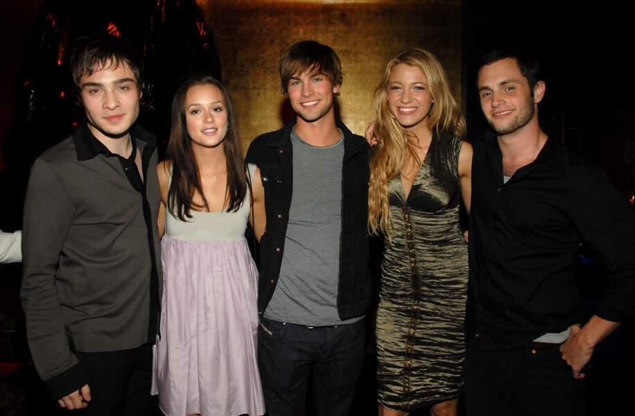 Gossip Girl - les acteurs et actrices de la série réunis en 2007 pour son lancement