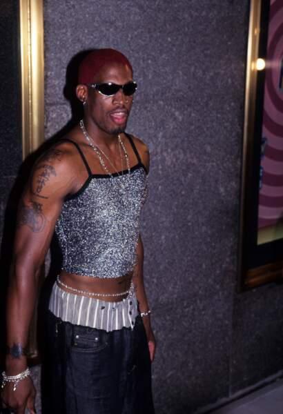 MTV Video Music Awards : Dennis Rodman en mini-débardeur argenté, 1995