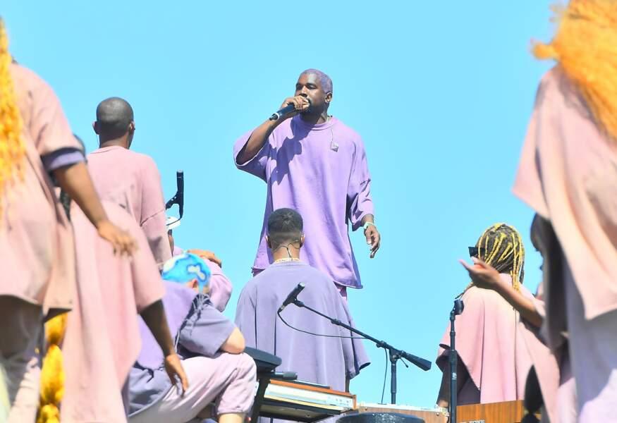 Kanye West a célébré une immense messe de Pâques le dimanche 21 avril au festival de Coachella