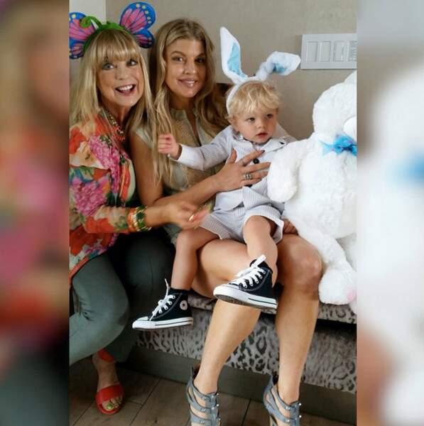 Fergie, sa mère et son fils