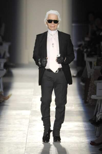 L'évolution physique de Karl Lagerfeld : le créateur en 2012