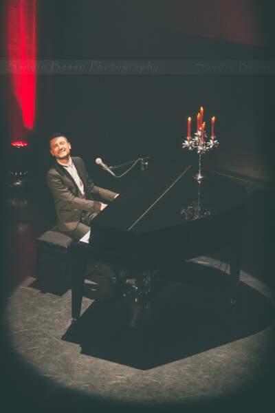 Concert de Michal : le chanteur sur scène