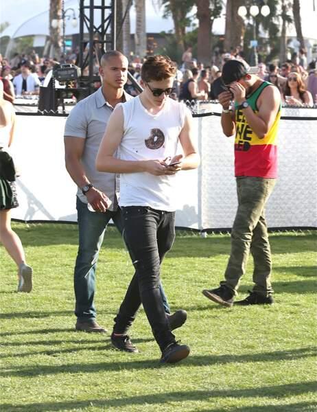 Brooklyn Beckham est venu sans ses parents