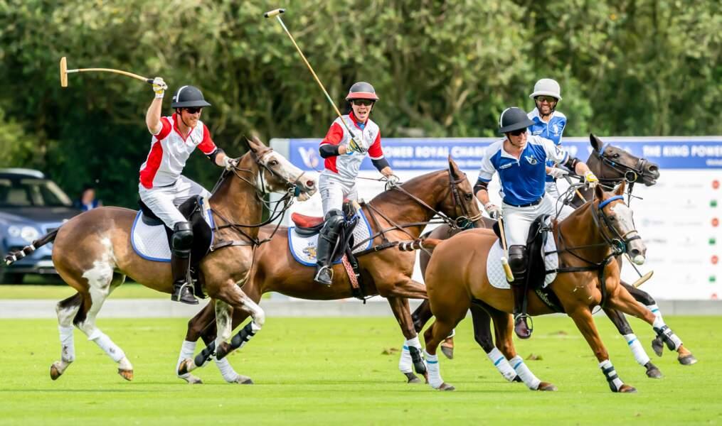 Le match de polo opposant William et Harry à Wokingham, mercredi 10 juillet