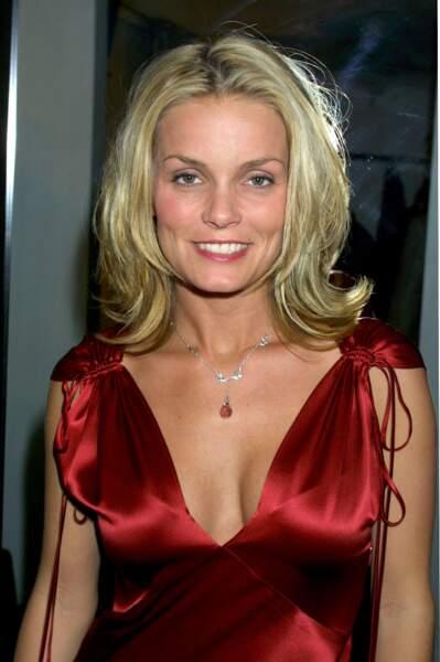 Kelly Packard à l'époque où elle jouait le rôle d'April Giminski dans Alerte à Malibu