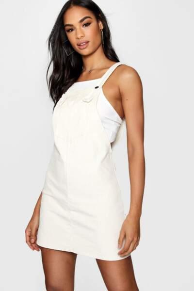 Pocket Front Cord Pinafore Dress, Boohoo, 35€